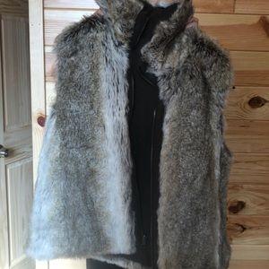 Jackets & Blazers - Reversible Fur Vest